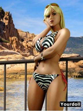 Topless TPE beach attendant - Kasandra – 5ft 5in (165cm)